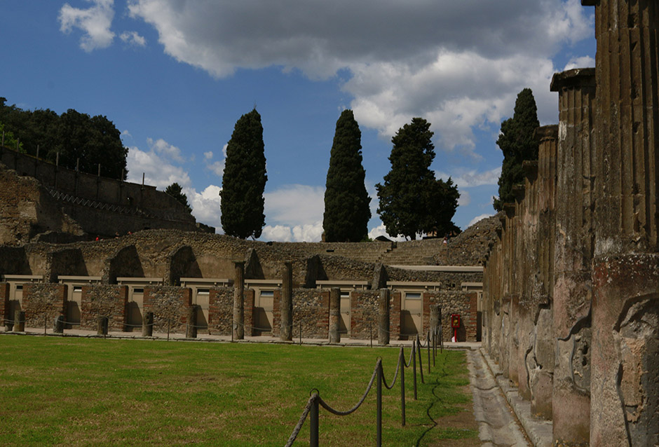 Paths of Pompeii